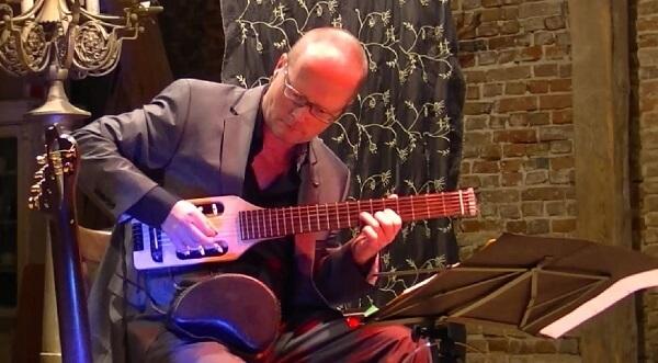 Gitarren-Live-Musik: Martin Hoepfner im Konzert